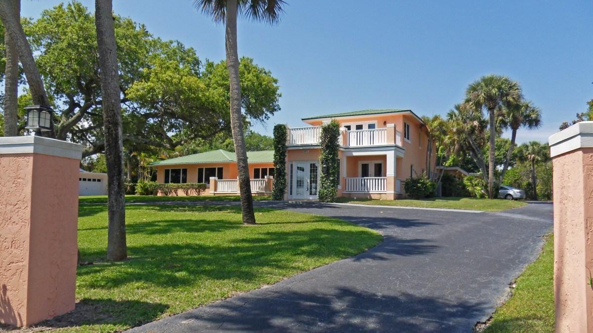 Wide Waterfront Estate in Fort Pierce Back on the Market — Stuart Florida Real Estate