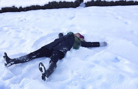 Reminiscing back to last Tuesday, when the office headed out for a team lunch and the Aussie decided to make a snow angel ️😇 even though the snow is gone 🙁 the positive is that all our construction sites can pick up where they left off with no interruptions now 🏻#wheredidthesnowgo #teamlunch #vancouver #seawall #aussie #lovingthesnow #backtowork