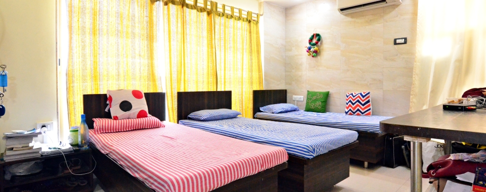 Student Housing Vile Parle
