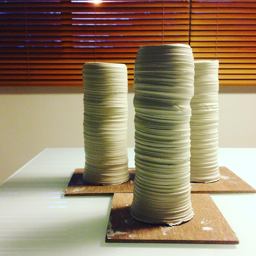 練習,練習,練習。 Practice, practice, practice. • #無法取代 #練習 #irreplaceable #practice #clay #pottery #ceramics #throwing #singapore #studioasobi