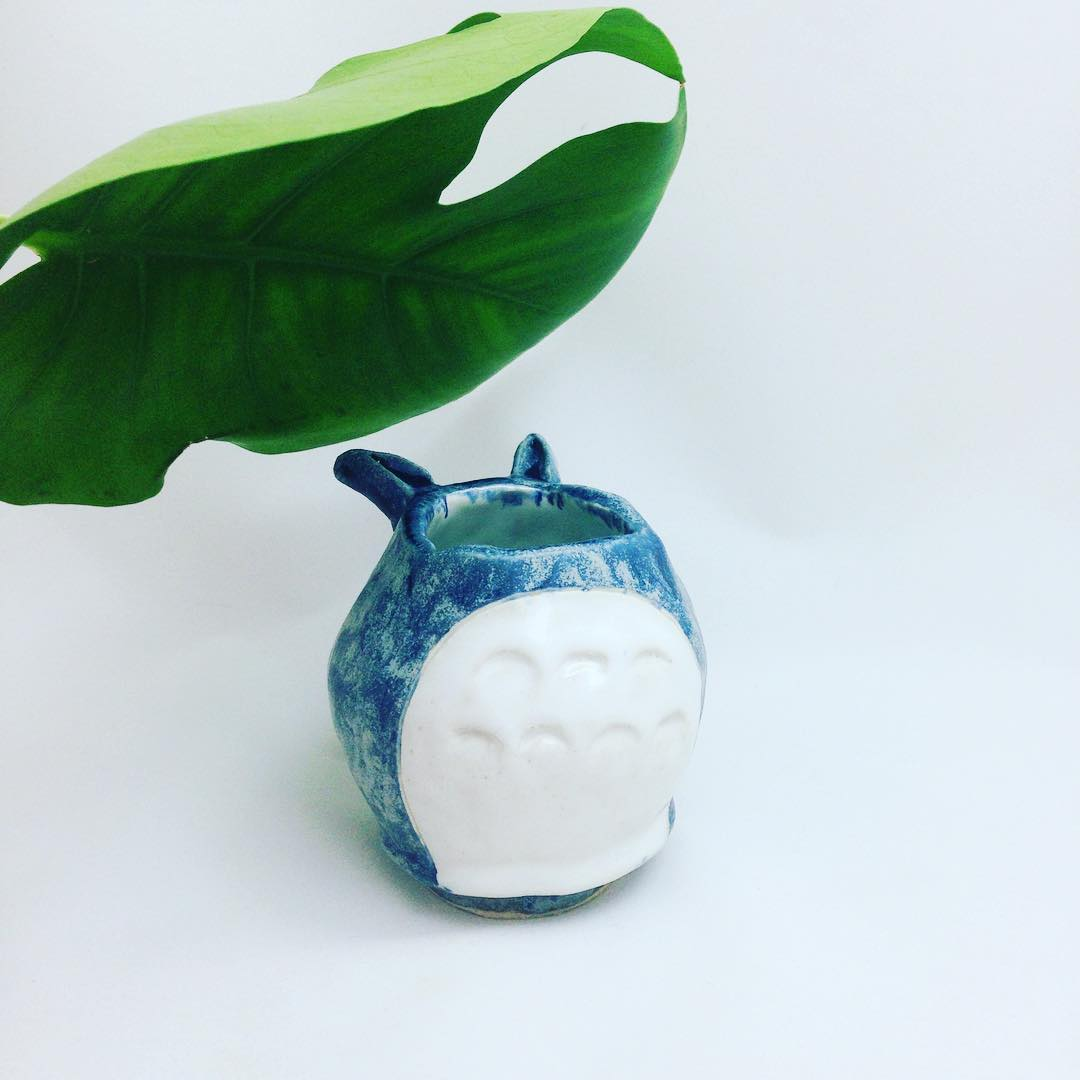 How adorable is this? Lovely creation by our workshop participant, Alexis :) • #handmade #pottery #ceramics #craftsg #sgworkshop #creation #studioghibli #totoro #studioasobi