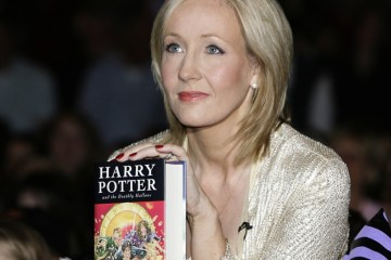 "What You Need to Know About J.K. Rowling's ""Harry Potter"" Production, ""The Cursed Child"""