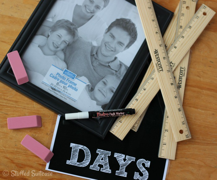 Supplies to make a school countdown frame