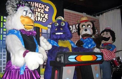 munchs-make-believe-band-chuck-e-cheese