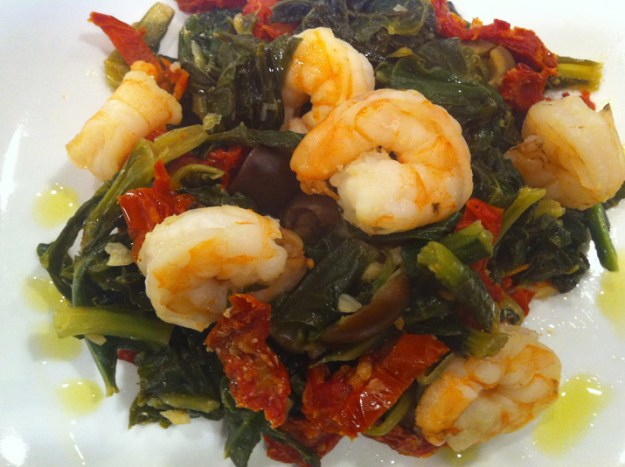 Shrimp and Greens | stupideasypaleo.com
