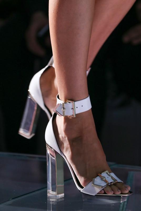 Versace SS15 3
