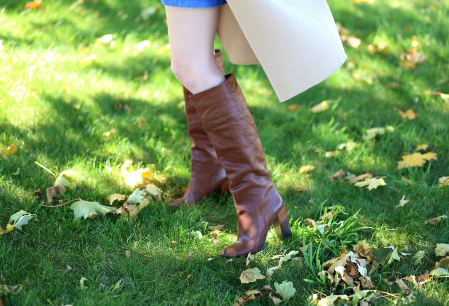 Vest Skirt Boots 6a