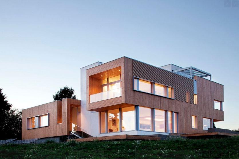 בית מעוצב בשתי קומות.