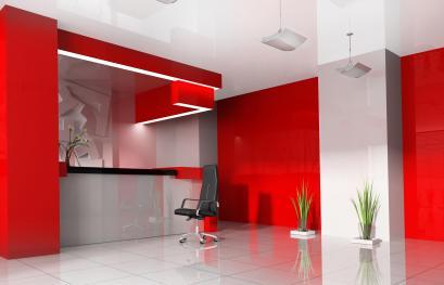 עיצוב לובי קבלה בצבעים אדום ואפור