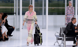 chanel-airlines-spring-2016-collection-luggage