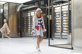 chanel-spring-2017-rtw-collection-show