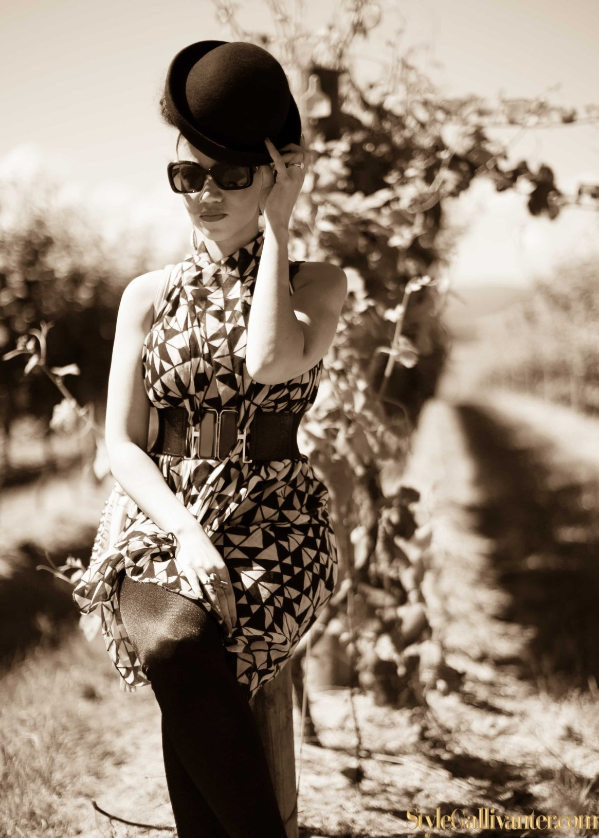 best-new-bloggers-2014_sepia-fashion-editorials_monochrome-sepia_how-to-wear-a-scarf_best-new-bloggers-melbourne-australia-2014_top-african-hair-bloggers_best-hair-bloggers-11