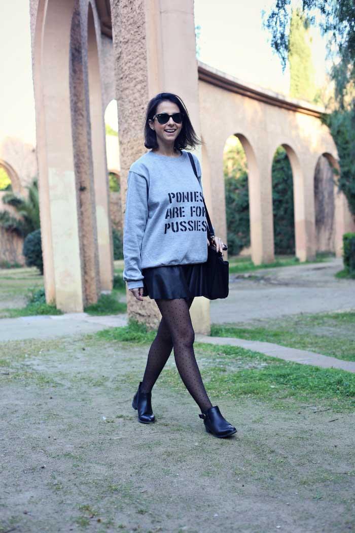 grey-sweater-look