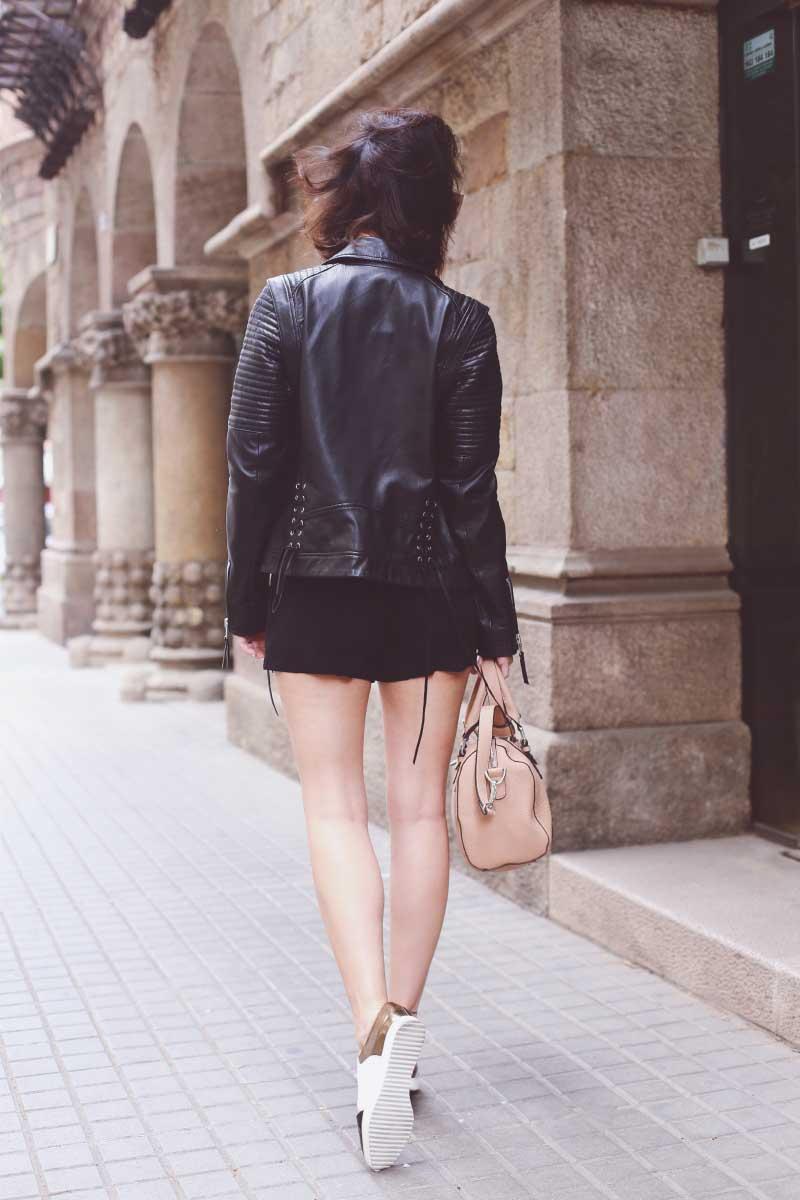 style-in-lima-looks-street-style-chaqueta-piel-casaca-cuero-leather-perfecto-jacket