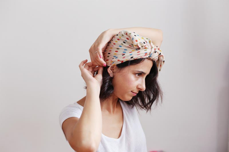 How-To-Wear-A-Head-Scarf (4)