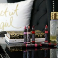 Beauty Review: The New Burt's Bees Lip Crayon