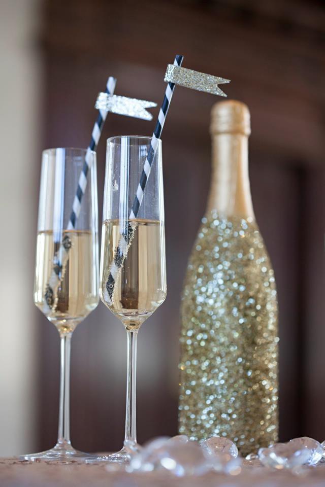 diy-glitter-champagne-bottle