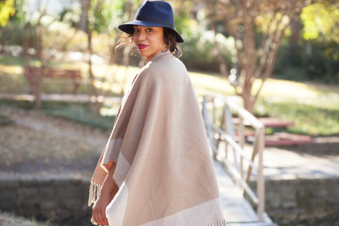 Kaylah_Burton_dallas_fashion_blogger_style_me_twice_asos_reversible_cape_-9381