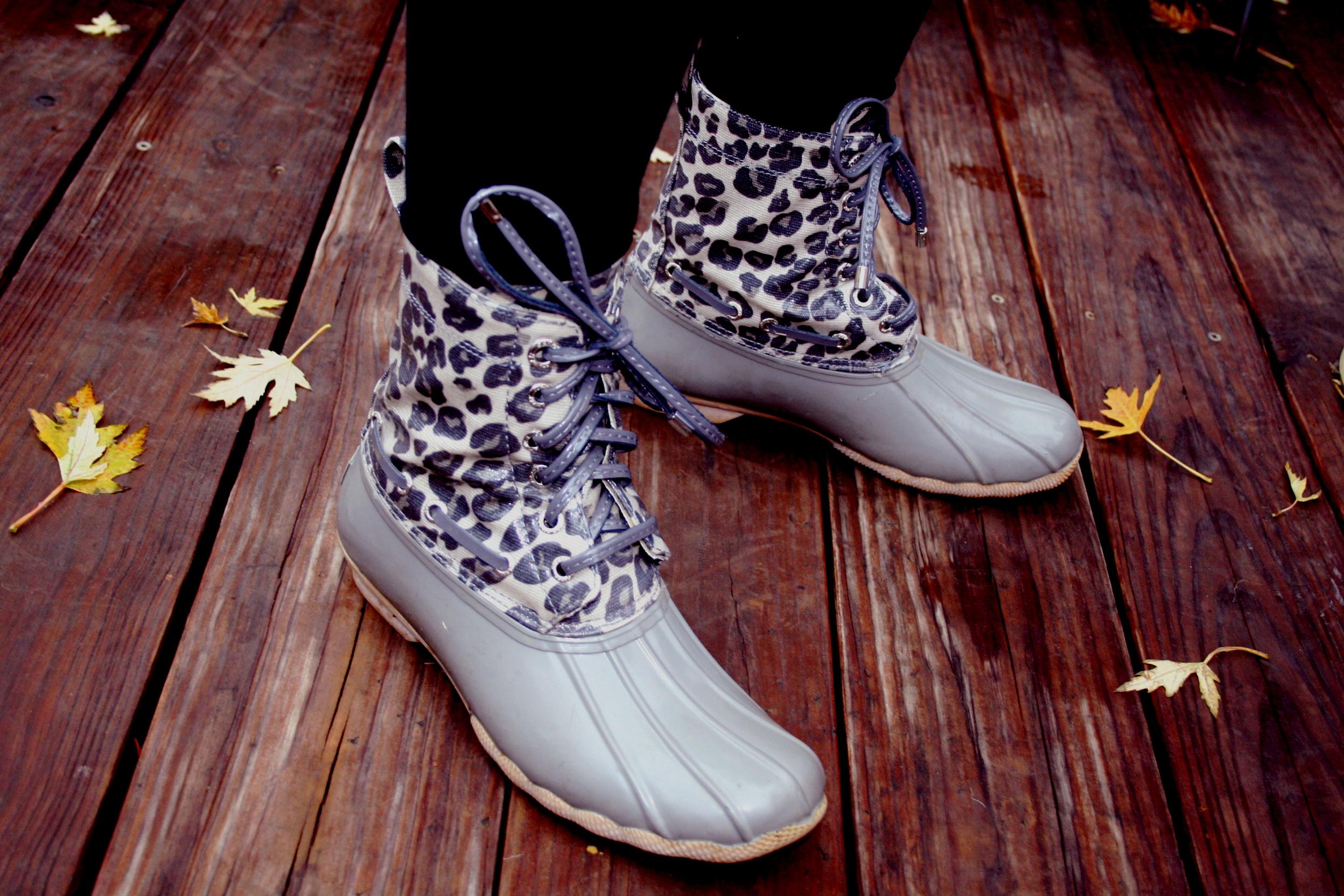 leopard rainbootz.