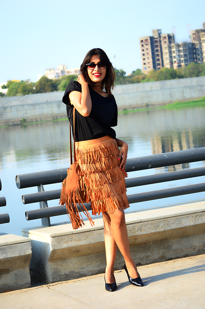 Fashion, Style, Fashion Photography, Street Style, Fashion Blogger, Indian Fashion Blogger, Style Over Coffee, Casual wear, Skirt with Fringes, Indian Fashion Blog,