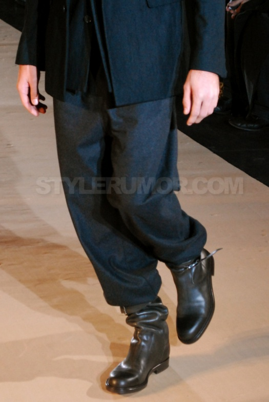 kris-van-assche-fall-winter-2010-men-collection-17
