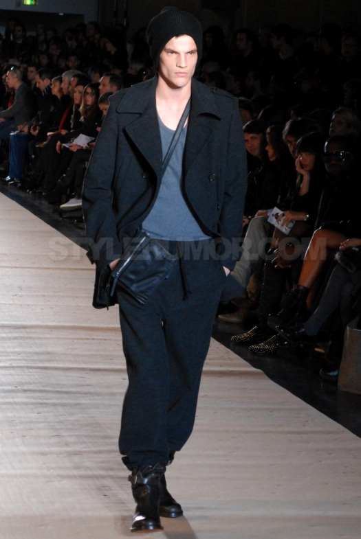 kris-van-assche-fall-winter-2010-men-collection-21
