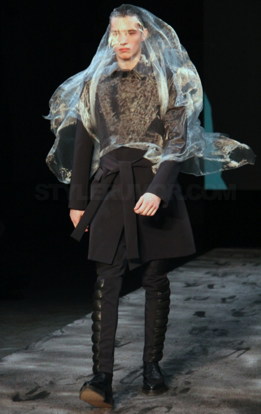 mugler-homme-fall-winter-2011-collection-24