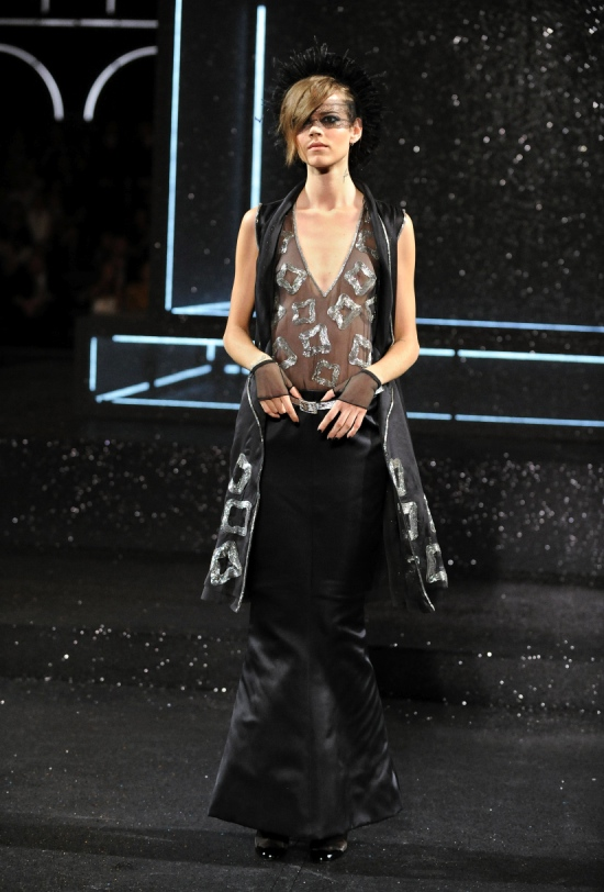 Chanel Haute Couture Fall Winter 2011 Collection 35