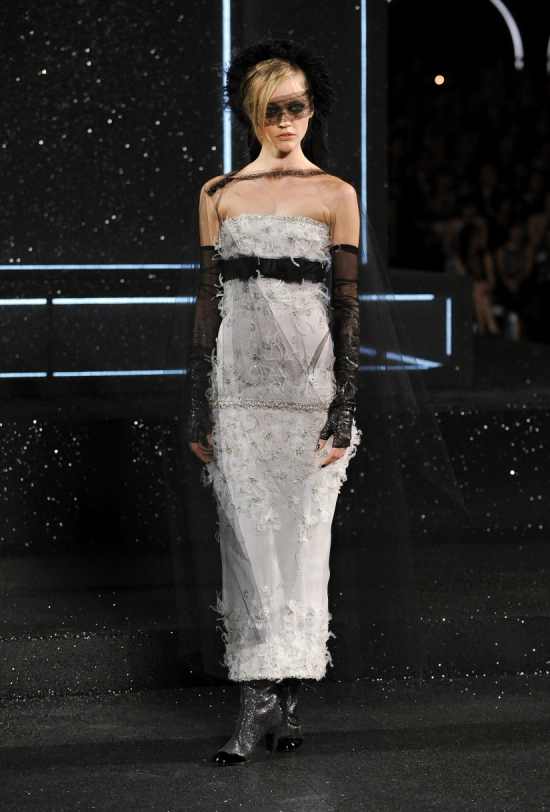 Chanel Haute Couture Fall Winter 2011 Collection 53