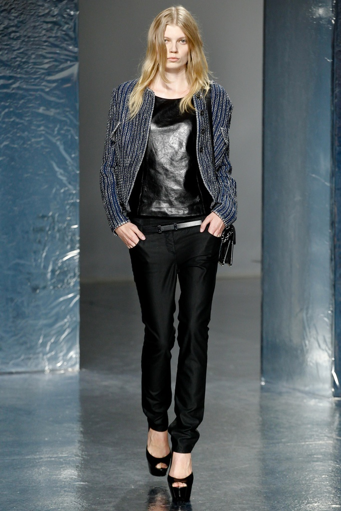 Theyskens' Theory Spring Summer 2012 Collection 14