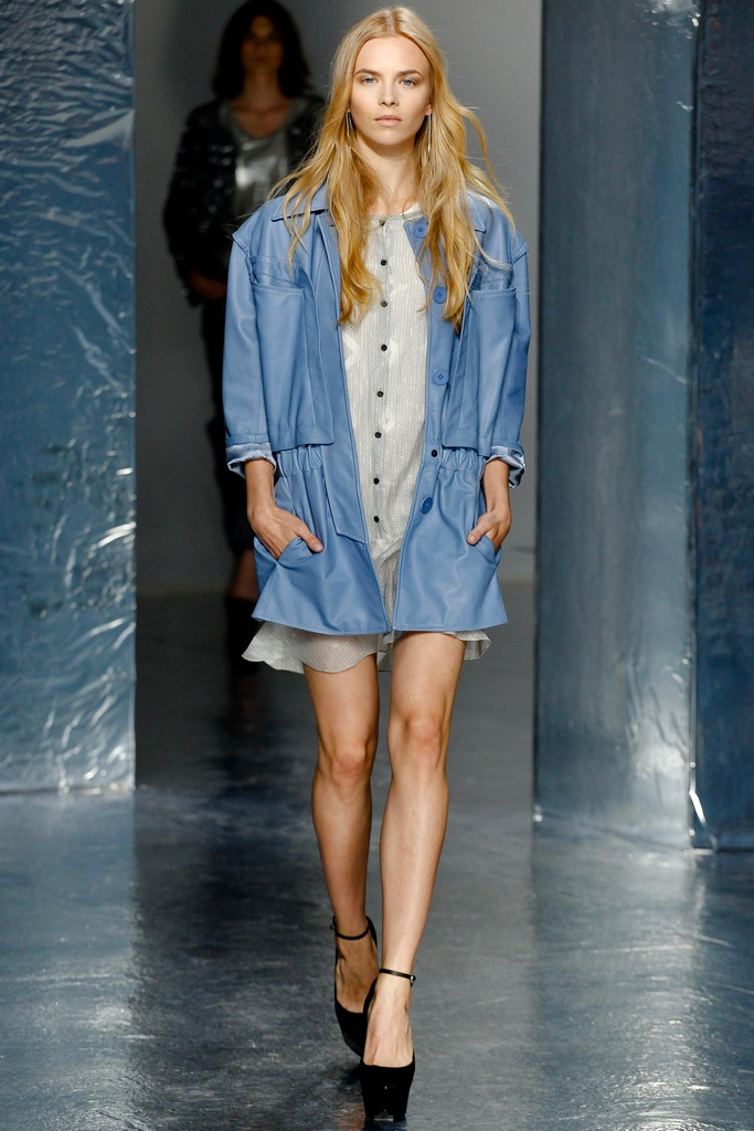 Theyskens' Theory Spring Summer 2012 Collection 17