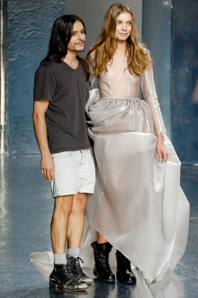 Theyskens' Theory Spring Summer 2012 Collection 46
