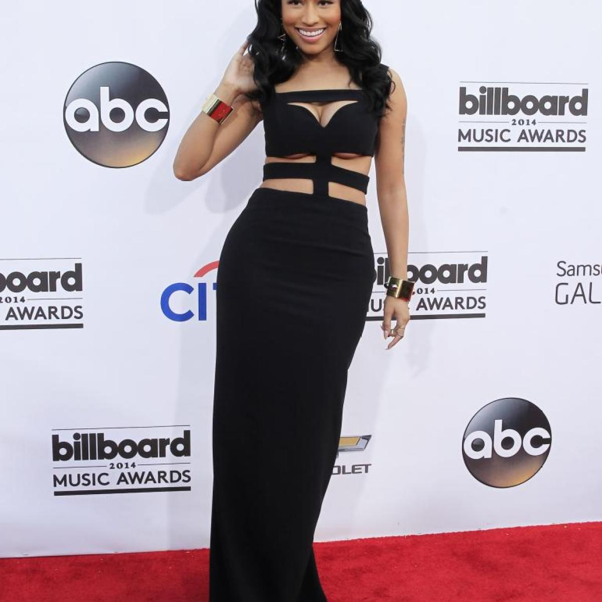 nicki-minaj-billboard-awards-2014_McQueen