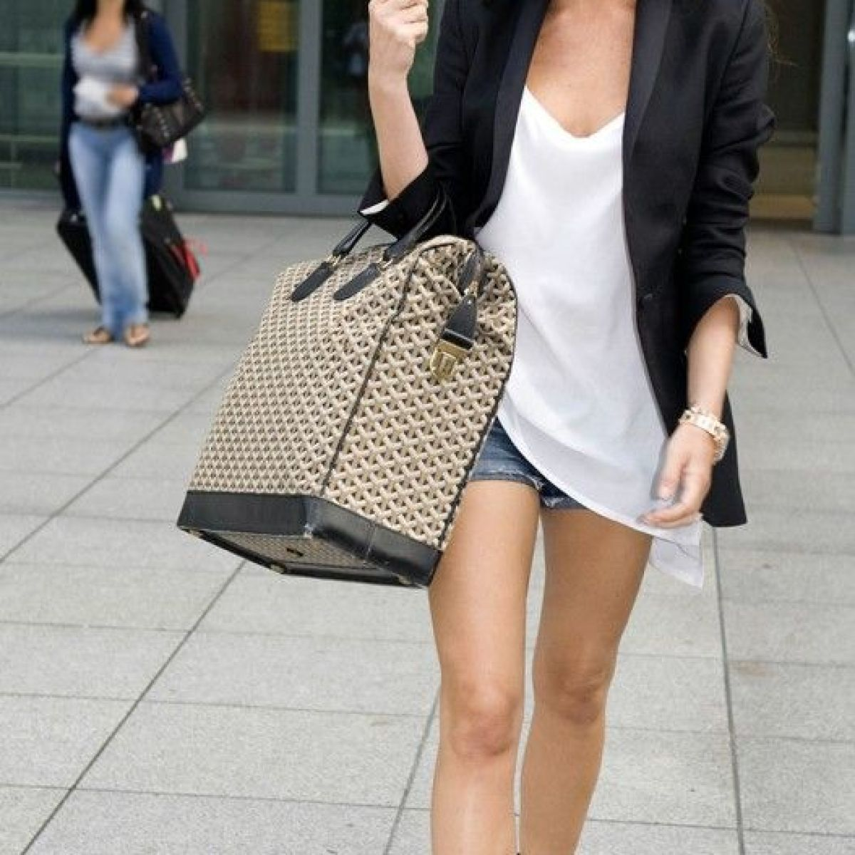 Victoria Beckham minimalist style