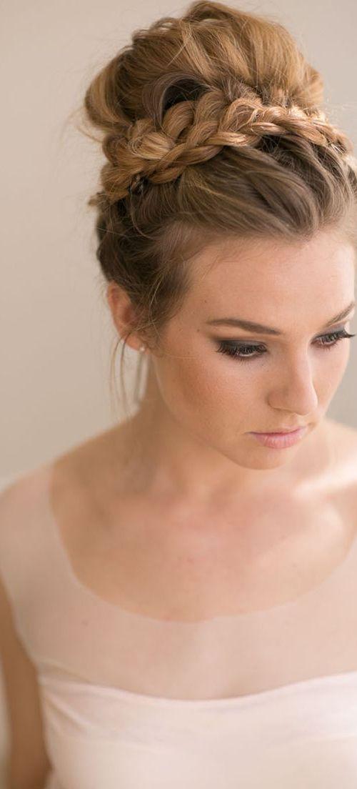 Gorgeous Bridal Braided Hairstyle