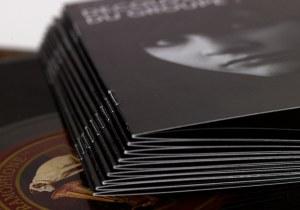 brochure-points-metal