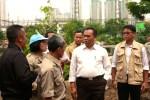 Tanggul Banjir Kanal Barat Jebol, Saefullah Ajak Dewan Kota Tanah Abang Turun Tangan.