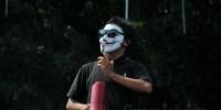Ribuan Mahasiswa Demo, Ahmad Dhani Nyinyir