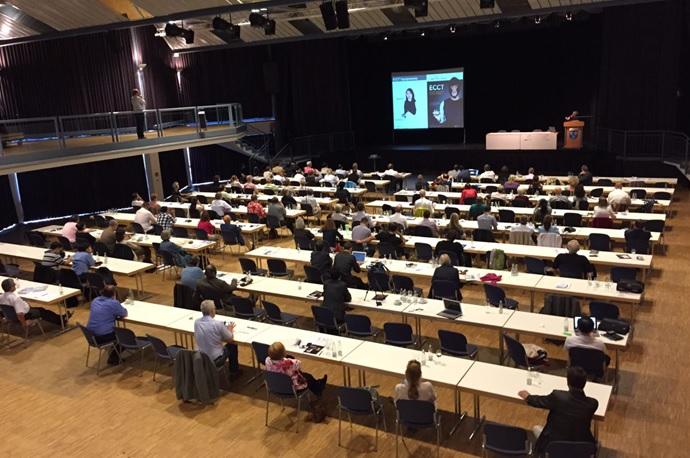 Dr. Warsito mempresentasikan ECCT di Kongres ISLA ke-10 di Beverungen, Jerman.