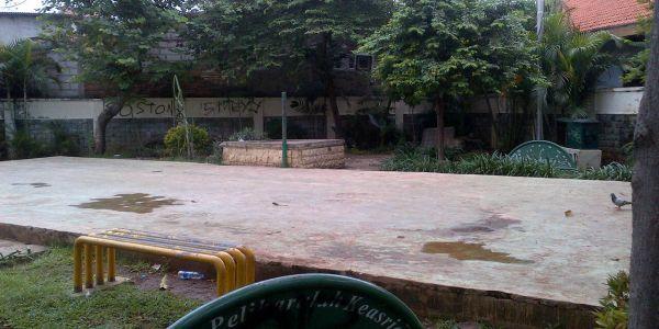 Taman Tidak Terawat Karena Kurang Pengawasan, Anak Sekolah Yang Disalahkan