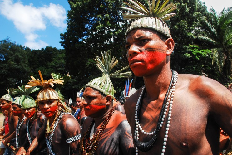 Los indígenas xucuru del estado de Pernambuco mostraban su coraje por un Estado que no respeta a los pueblos indígenas. Fotografía: Santiago Navarro F.