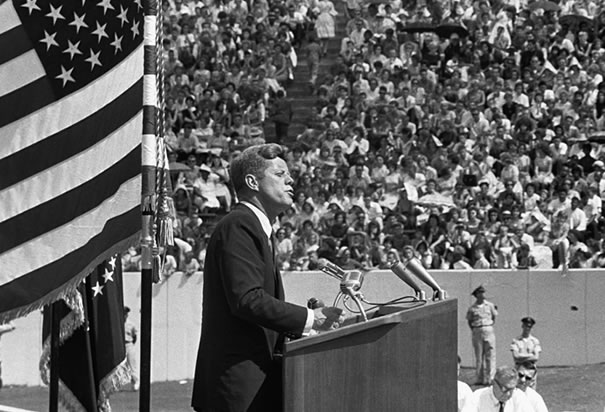 the success of the speeches of john f kennedy John f kennedys inaugural speech presidents use rhetoric in most of their speeches to effectively convey their thoughts and ideas to the american people john f kennedy was elected to be the thirty-fifth president of the united states.