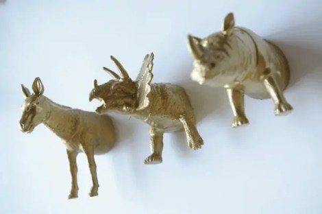 DIY plastic animal magnets