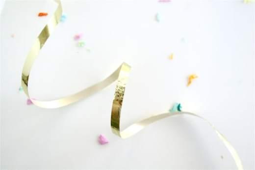 ribbon & confetti