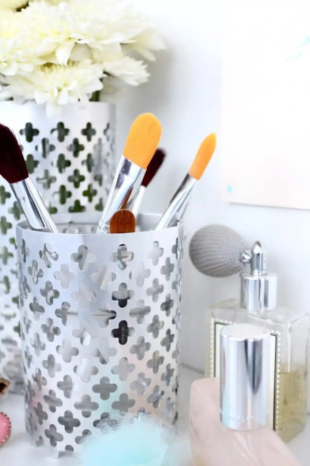 DIY aluminum vase and utensil holder