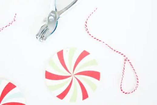 last minute DIY candy gift tags