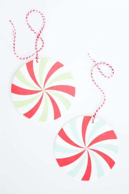last minute DIY candy gift tags from coasters!
