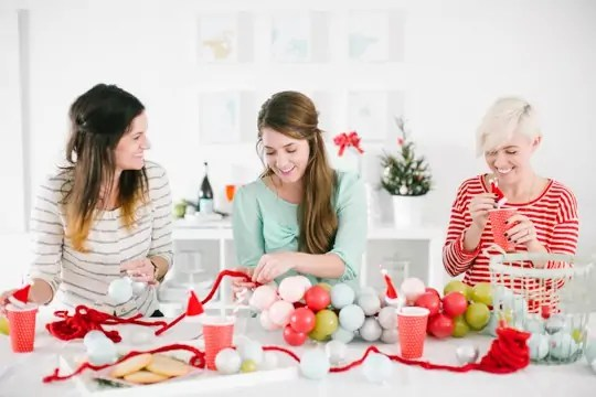 hosting a DIY holiday craft party