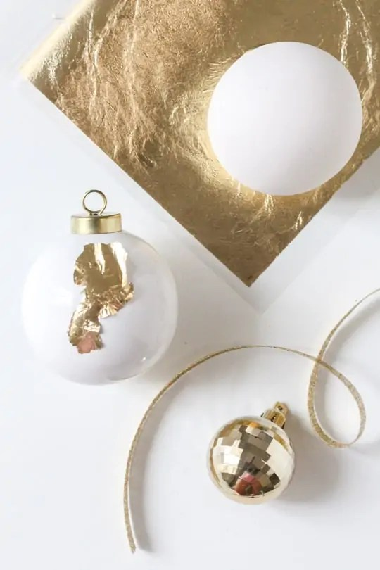 DIY monogram ornament gift tag