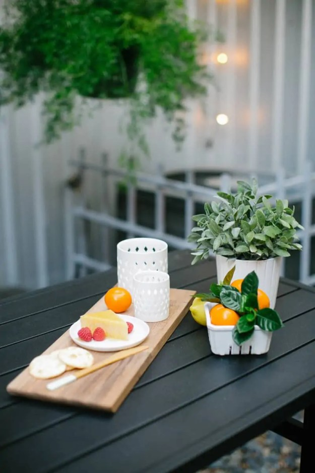 DIY Backyard makeover | sugarandcloth.com